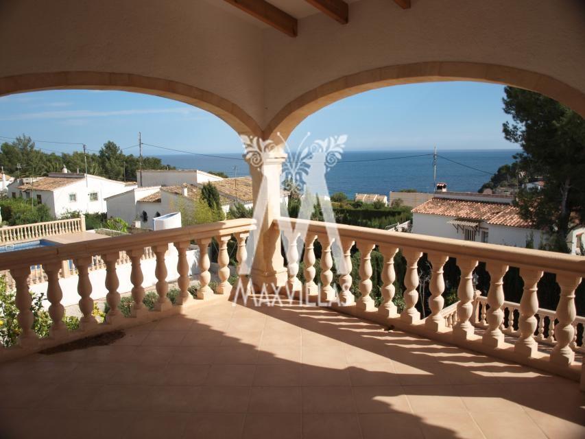 5 bedroom villa with seaview - Max Villas