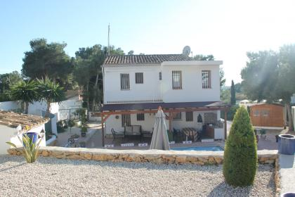 2 villa's, walking distance beach,